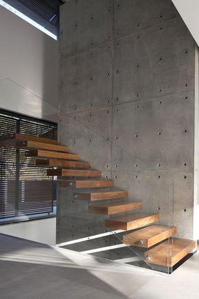 Zwevende trap met houten treden ZWT01