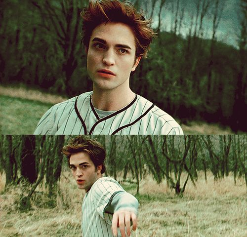 I'm team Jacob but this is one time Edward is so sexy