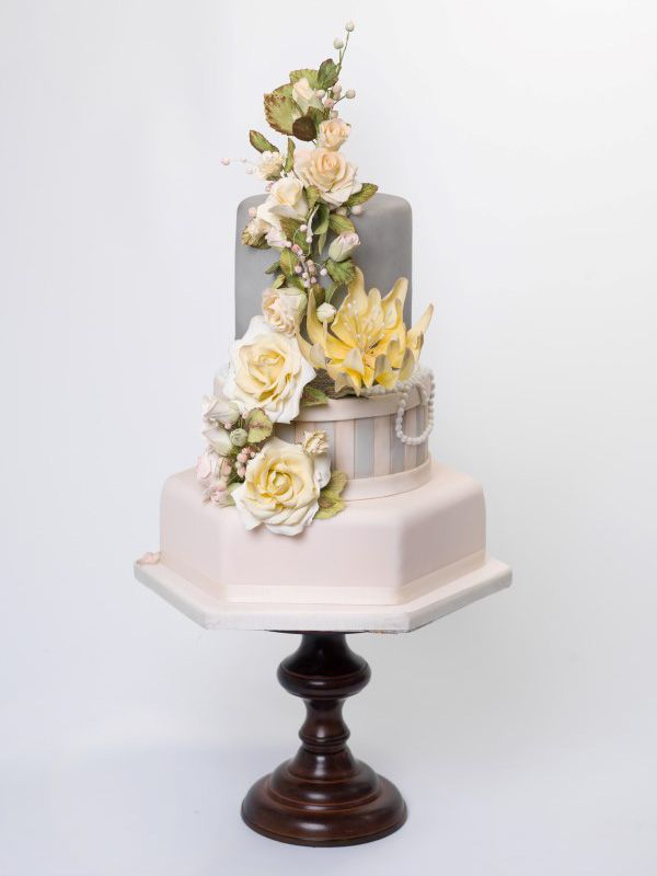 Willow and Bloom | Wedding Cakes to help you celebrate your Special Day