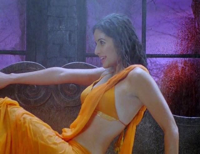 Sexy Saree Katrina Kaif Bra | Blouse Designs Online ...