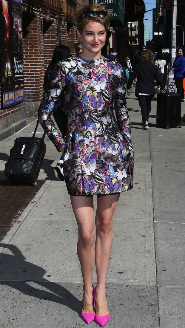 Actress #ShaileneWoodley in a #Valentino Pre-Fall 2014 butterfly print dress on David Letterman