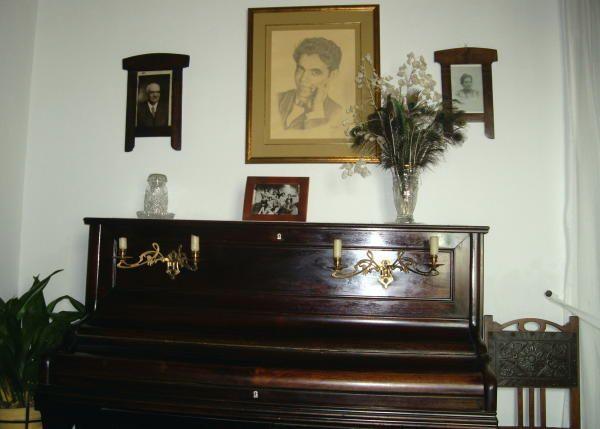 Casa museo de García Lorca, en Valderrubio. Granada. Donde la familia pasó muchos veranos y largas temporadas hasta 1925. Comedor de visitas