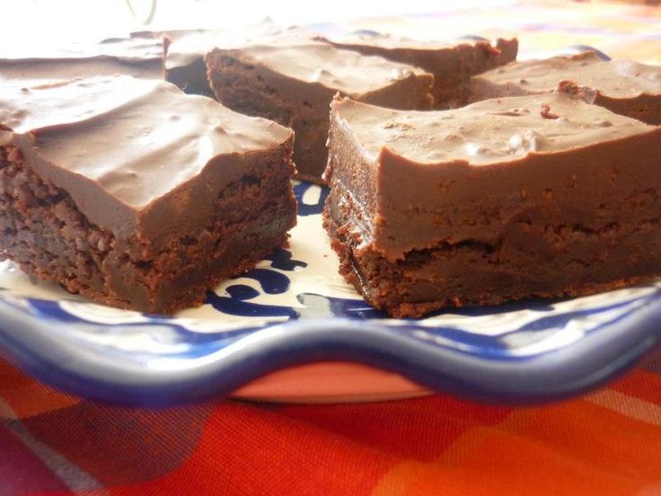 Brownies de Hershey's bañados en chocolate Hershey's