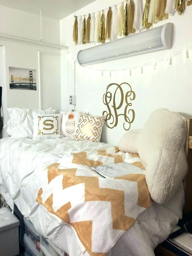 Black White And Gold Bedroom For Girls White And Gold Bedroom