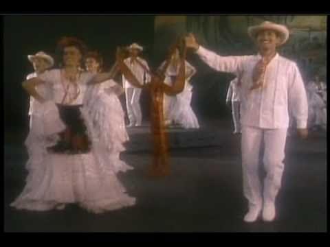 De Veracruz ''LA BAMBA'' Ballet Folklorico De Amalia Hernandez.wmv
