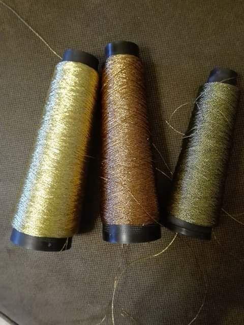 Χρυσοκλωστές Λουμίγια Ιαπωνίας,25 γραμ, 6 ευρώ.Γιούλη Μαραβέλη τηλ 2221074152