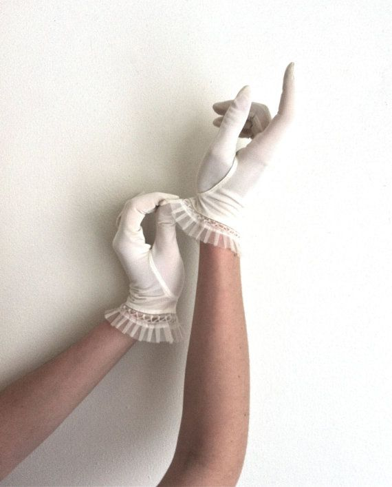 Vintage White Gloves Wedding Tea Gloves with by KnittingWonders, $22.00 ...For the bridal shower, maybe?