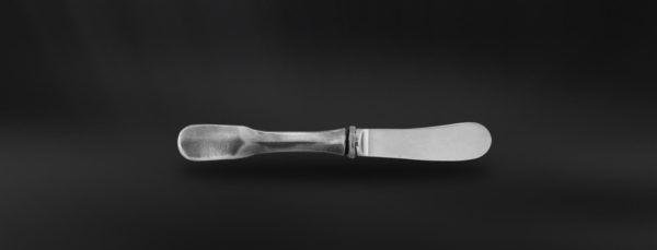 Pewter & Stainless Steel Butter Knife - Length: 15 cm (5,9″) - Food Safe Product - #pewter #stainless #steel #butter #knife #peltro #acciaio #spalmaburro #zinn #edelstahl #stahl #buttermesser #étain #etain #couteau #beurre #peltre #tinn #олово #оловянный #tableware #dinnerware #table #accessories #decor #design #bottega #peltro #GT #italian #handmade #made #italy #artisans #craftsmanship #craftsman #primitive #vintage #antique