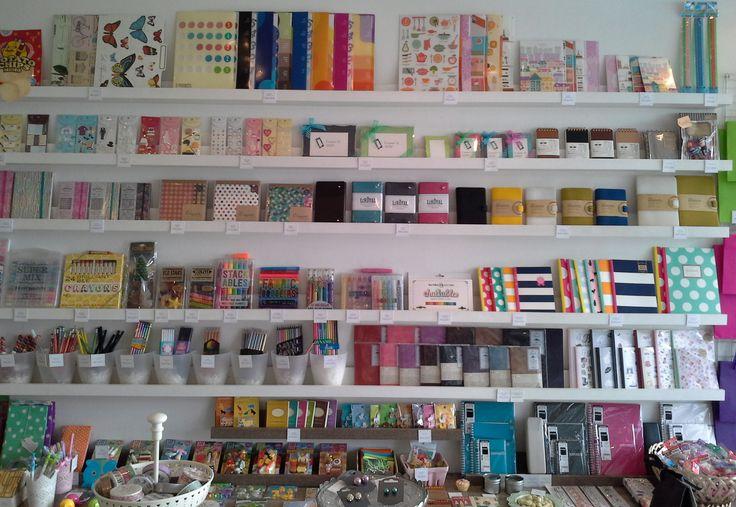 En #TheMoshiMoshiShop consigues todo tipo de #lápices, #esferos, #borradores, #marcadores y mucho más.   ¡Ven a conocernos!
