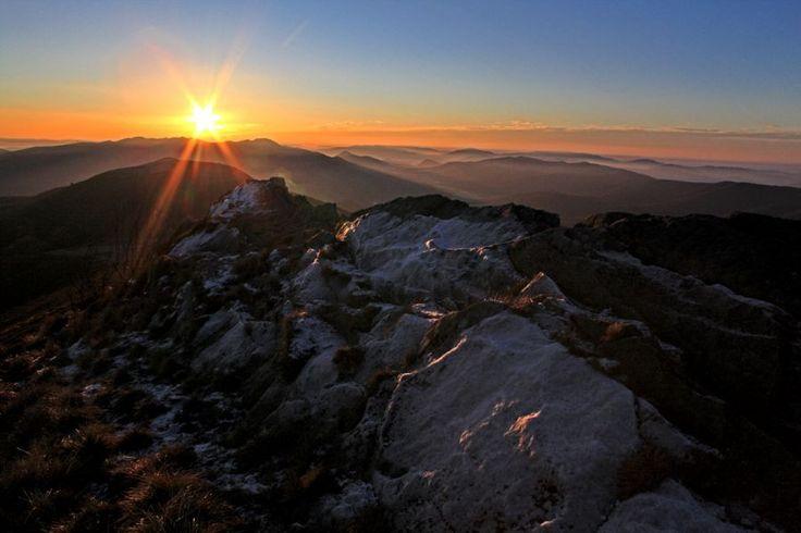 Wschód słońca na Połoninie Caryńskiej #bieszczady