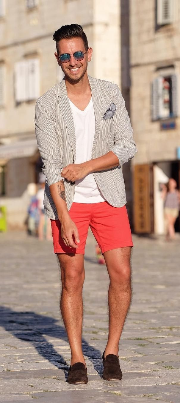 15 Amazing Ideas To Style Your Shorts Right In 2020 In 2020 Mens Clothing Styles Mens Outfits Latest Mens Fashion