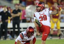 Ute Field Goal Kicker misses a 27 yard field goal to tie the game up with .01 seconds to go in the game against the Southern Utah Thunderbirds, final score SUT 10-7 point winners at rice Eccles stadium in slc.