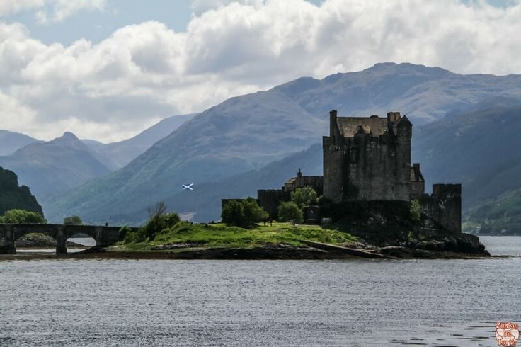 Planning a road trip in Scotland? Check out these 7 amazing places to see on a road trip from Edinburgh to the Isle of Skye.