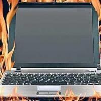 Votre ordinateur portable ronfle plus fort que votre conjoint ? Il est sûrement en surchauffe. Il existe une astuce toute simple pour le refroidir et éviter qu'il fasse du bruit.  Découvrez l'astuce ici : http://www.comment-economiser.fr/truc-eviter-faire-surchauffer-ordinateur.html