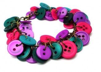 IDEE REGALO: il braccialetto di bottoni fai da te -| | Attualita, Gossip, Bellezza, Moda, Astrologia, Fashion, Benessere, Sesso, Test