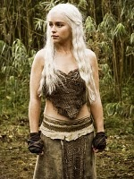 Game of Thrones: my new obsession...I just need some dragons to make an outfit complete.