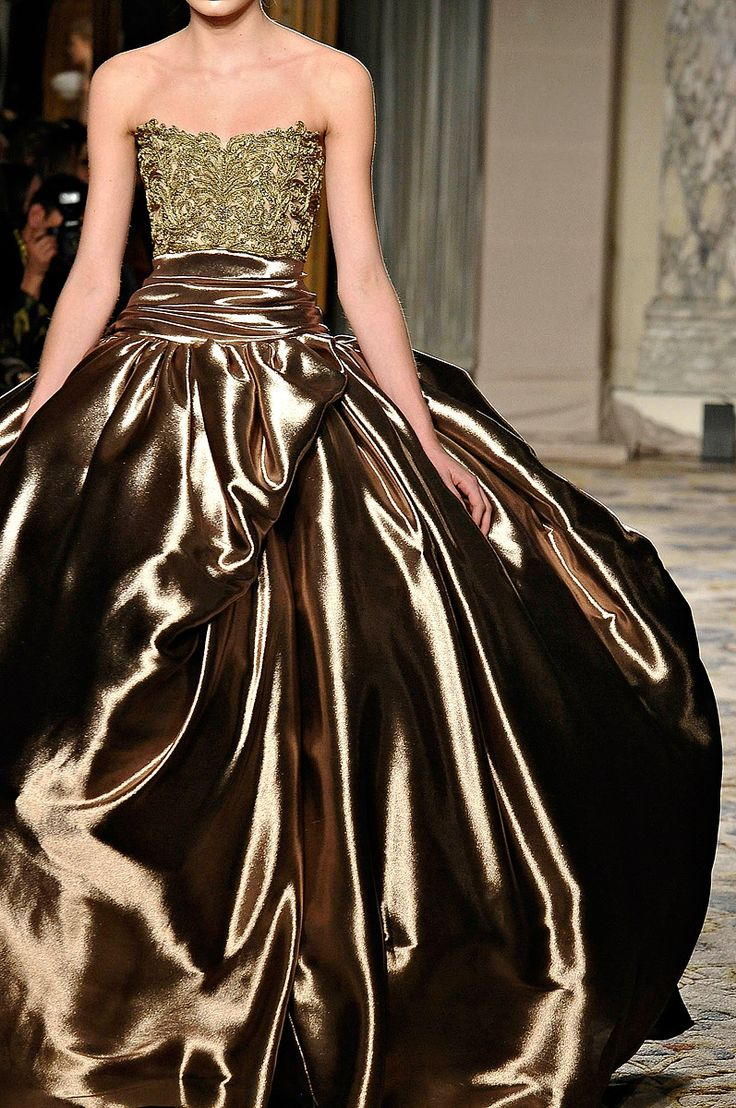 fluid.  beauty.: Fashion, Style, Gowns, Dresses, Fall 2012, Marchesa, Brown, Gold
