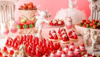 ヒルトン東京1階「マーブルラウンジ」では、たっぷりの苺スイーツをビュッフェで楽しめる「ストロベリーデザートフェア」を5月22日(日)までの期間限定で開催中。 #Strawberry #Sweets #HiltonTokyo