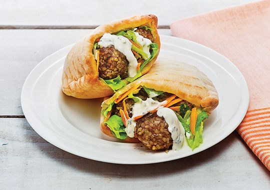 Cracked Wheat and Beef Meatballs with Pita Bread and Yoghurt Sauce