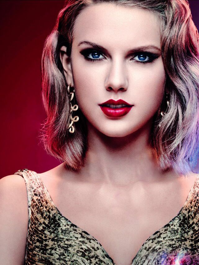 Taylor Swift for Toyota Hybrid China ad.