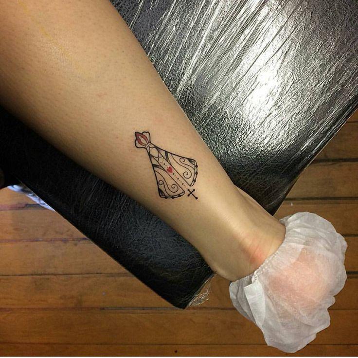 """297 curtidas, 26 comentários - Eu Nomeada   Sejam Bem-Vindos (@eu_nomeada) no Instagram: """"Pra quem pediu foto da minha tattoo de Nossa Senhora Aparecida ampliada! Eu fiz ela em 2014 e sou…"""""""