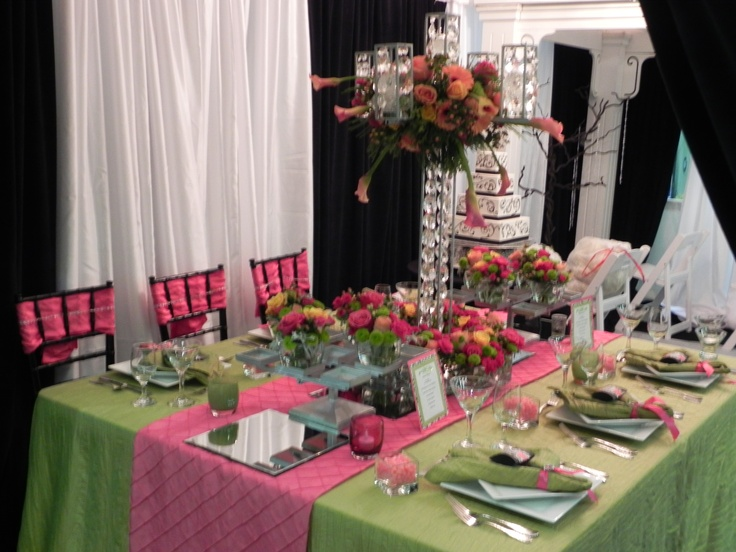 Grand Event Rentals gorgeous table design at Bridesclub's Wedding Expo at the Tacoma Dome