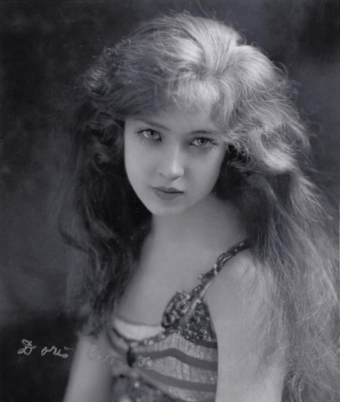 ~ doris eaton was the last living ziegfield girl living in 2010 ~