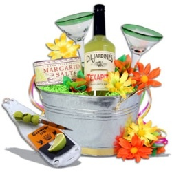 drink basket gift idea
