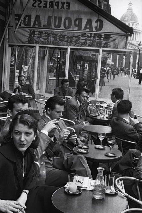 Le Capoulade Cafe Paris