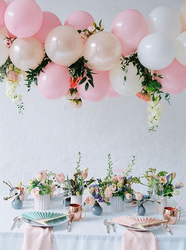 60 best balloon garlands images on pinterest birthdays weddings team bride styled shoot von festtagsfotografien und ohsopretty wedding ballon decorationsballoon junglespirit Images