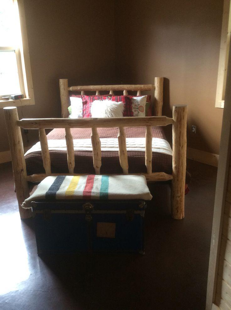 Homemade log bed