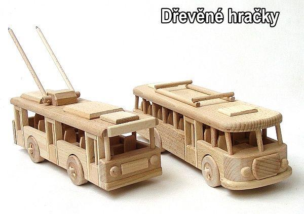 Dřevěné hračky, autobus a trolejbus pro děti