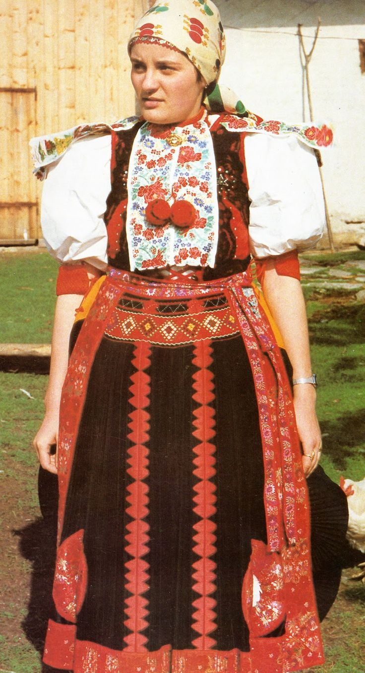 romanian  dress
