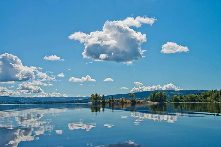 Innsjøen Næra i Ringsaker. Norge.