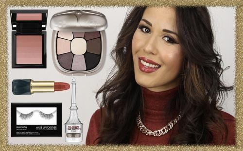 Moda: #Makeup per #Natale luminoso con labbra rosse (link: http://ift.tt/2hbJYEH )