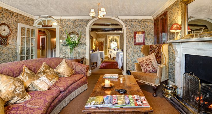 six out of ten magazine: Dog spas and Pet Menus: Luxury dog friendly hotels in UK - The Traddock, Settle, North Yorkshire