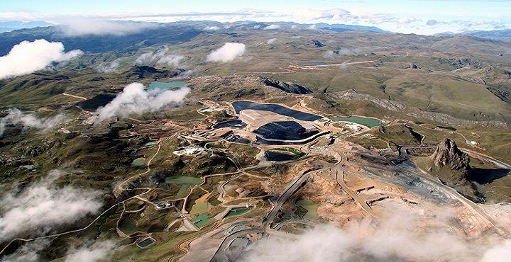 Gerens | Maestría en gestión minera: El crecimiento de la minería de oro y cobre en el Perú | La industria de extracción legal de minerales se ha visto forzada a erradicar estos proyectos improvisados uno por uno. Es poco probable que estas prácticas puedan ser eliminadas por completo.