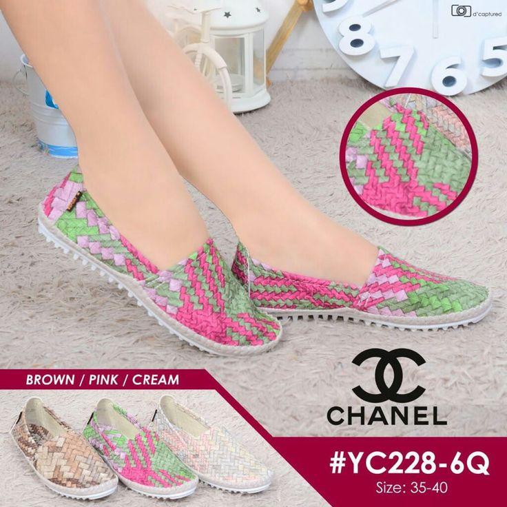 Chanel Shoes YC228-6Q 35-40 + Box CHANEL Bahan Kulit Motif Tikar 3D Ringan, Nyaman & bisa di lipat kyk sepatu balet 260rb