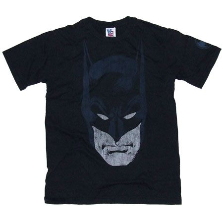 Men`s Clothing Junk Food Batman Face Dark Navy T-Shirt Junk Food Batman Face Dark Navy T-Shirt:: A strikingly stylish print of the classic comic book character Batman:: Retro pop culture inspired design:: Short sleeve fitted 100% cotton t-shirt http://www.comparestoreprices.co.uk//mens-clothing-junk-food-batman-face-dark-navy-t-shirt.asp