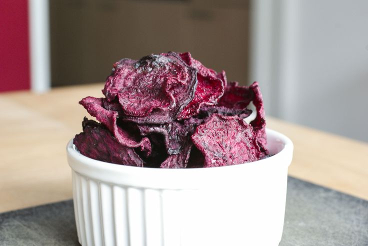 salt and vinegar beet chips in dehydrator
