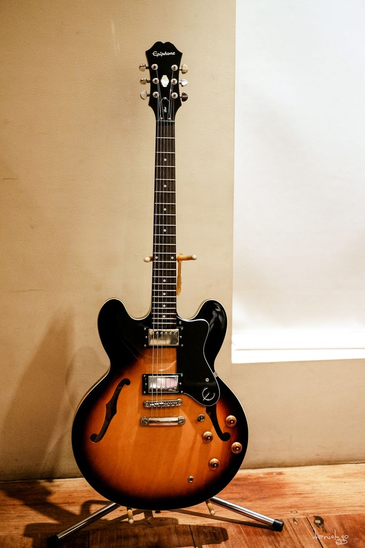 https://flic.kr/p/yrDSDU | Dot Beauty | Epiphone Dot - a great value. Sounds great, plays great, looks great :D