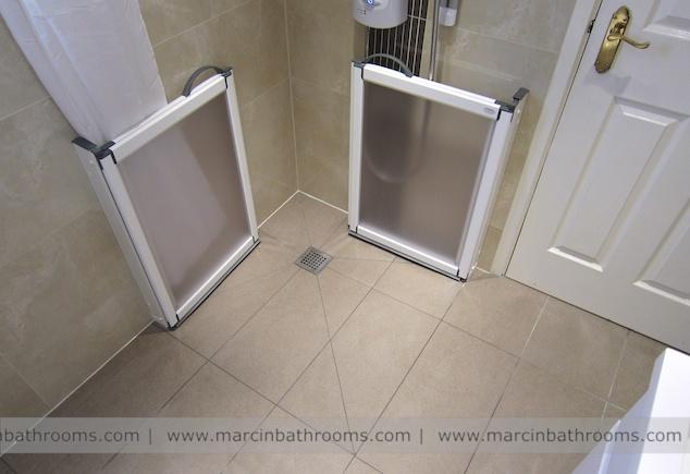 Elderly bathroom wet room mobility bathroom design for for Bathroom design for elderly