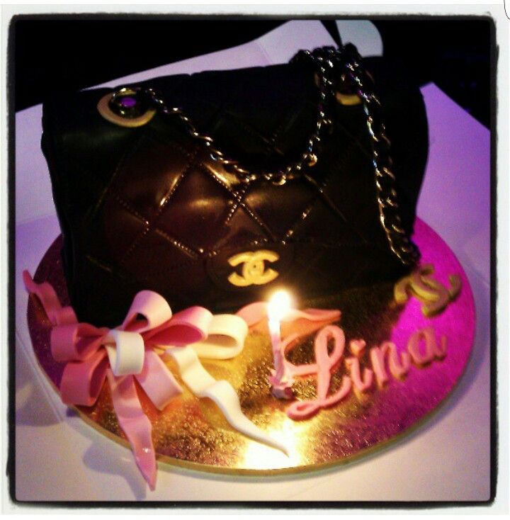 Chanel bag birthday cake for my  fashionista friend - courtesy of Sweetess Treats