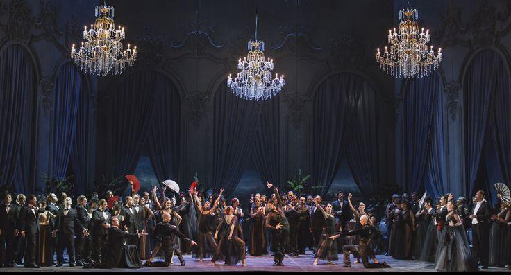 'La Traviata' directed by Sofia Coppola with costumes by Valentino Garavani, Maria Grazia Chiuri and Pierpaolo Piccioli. Photo by Yasuko Kageyama. #ValentinoLaTraviata