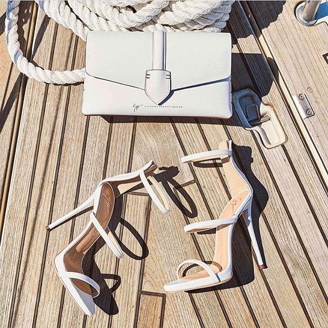 Oby do wakacji  #buty #shoes #giuseppezanotti #fashion #style #accessories #harpersbazaar #harpersbazaarpolska  via HARPER'S BAZAAR POLAND MAGAZINE OFFICIAL INSTAGRAM - Fashion Campaigns  Haute Couture  Advertising  Editorial Photography  Magazine Cover Designs  Supermodels  Runway Models
