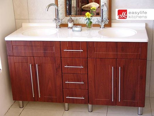 Beautiful clean lines with plenty of storage space! Would this be a design you would choose?