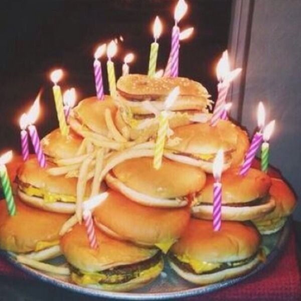 ... Hamburger Cake on Pinterest  Hamburger cupcakes, Burger cake and Fun