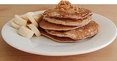 Clatite rapide cu 2 ingrediente - www.Foodstory.ro
