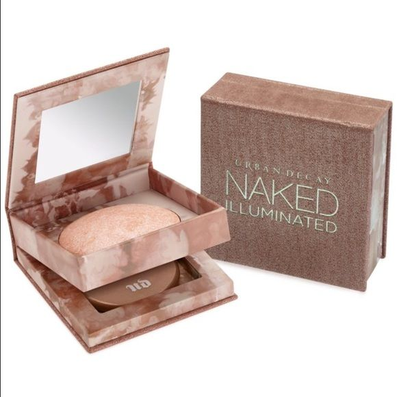 UD Naked Illuminated AURA Urban Decay • Shimmering Powder for Face and Body • Champagne pink tone, slightly dark/pinkish for lighter skin to use as highlighter • Good for blush&highlighter blend, almost like a flushed highlighter • Used lightly, comes with brush, sanitized • Comes with original box • Only used several times. Urban Decay Makeup