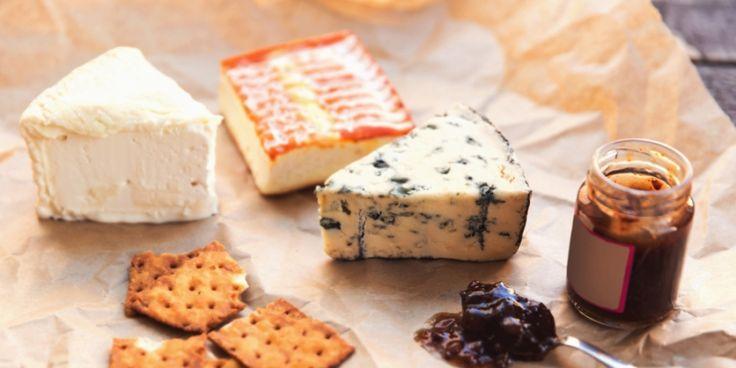 Last van lactose intolerantie? Deze populaire kaas kun je prima eten.